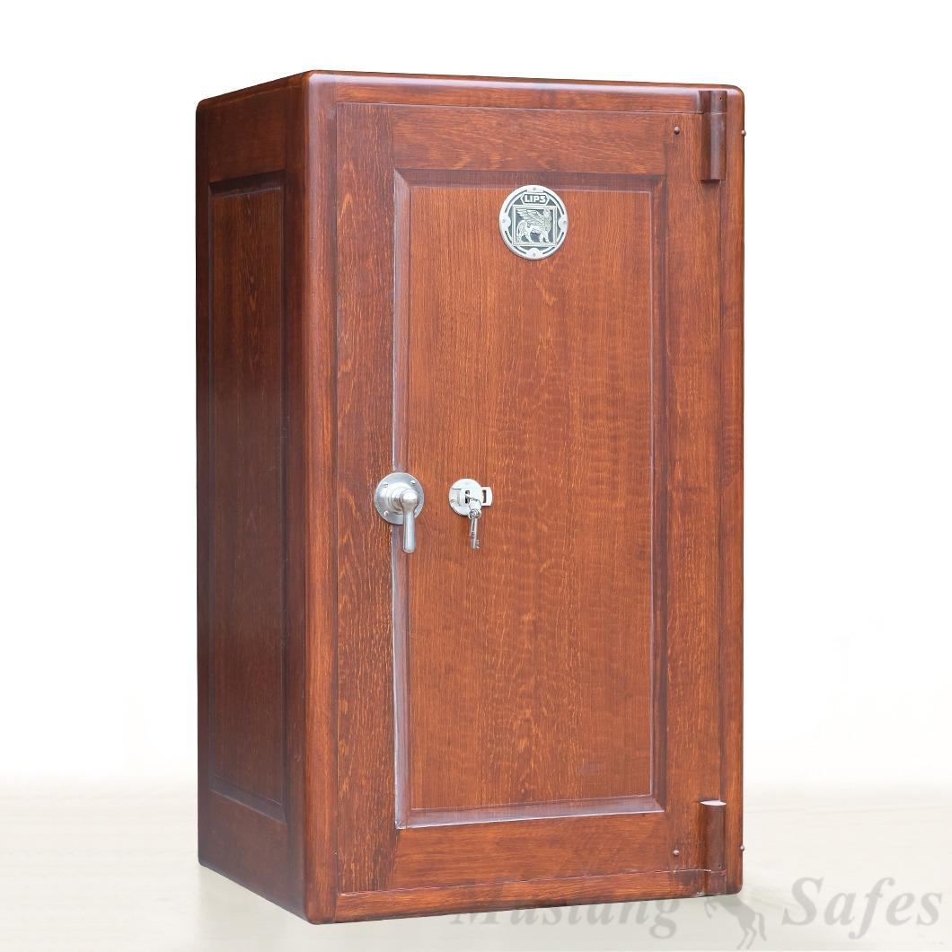 coffre fort pour armes finition bois mustang safes. Black Bedroom Furniture Sets. Home Design Ideas